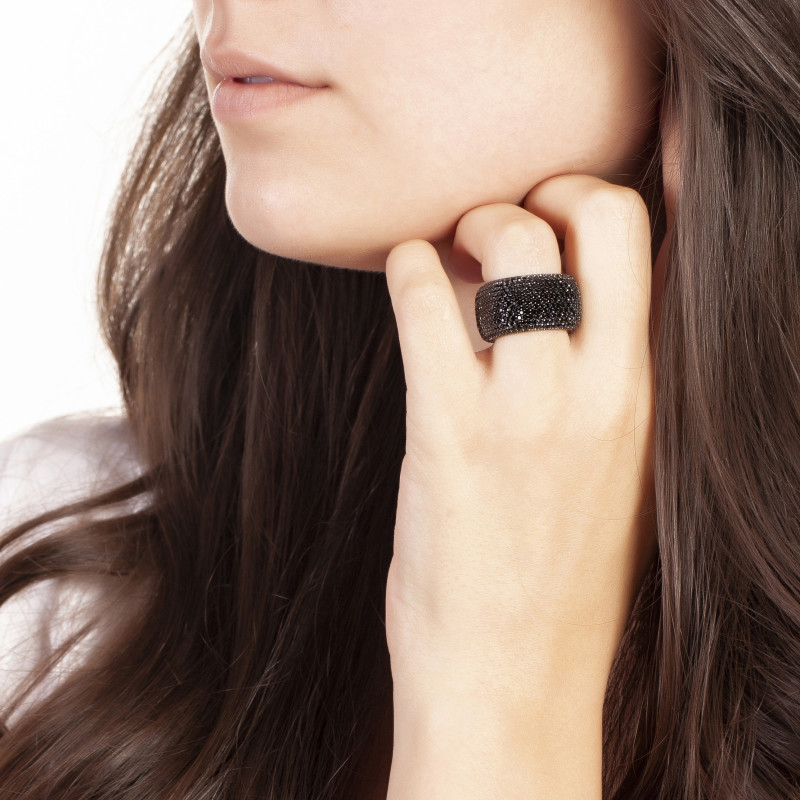Elegant Confetti  18k Black Gold Plated Black Statement Ring ECJ20103R8